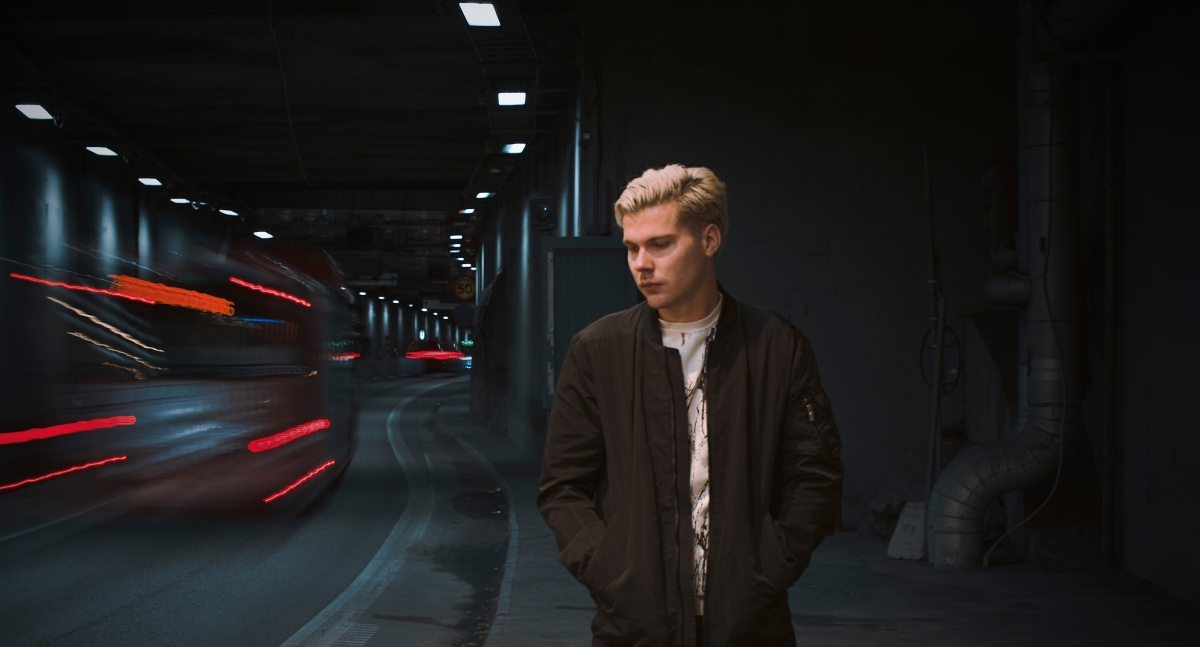 Stockholm's Discrete delivers his newest banger 'Never Know' ft. Maria Mathea