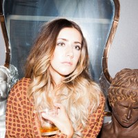 Kelsey Waters' new single is the 90's-inspired female pop-rock you've been missing