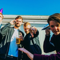 Indie-Pop quartet Rozelle release brand new single 'Searching for A Revolution.'
